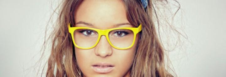 Hot girl nerd