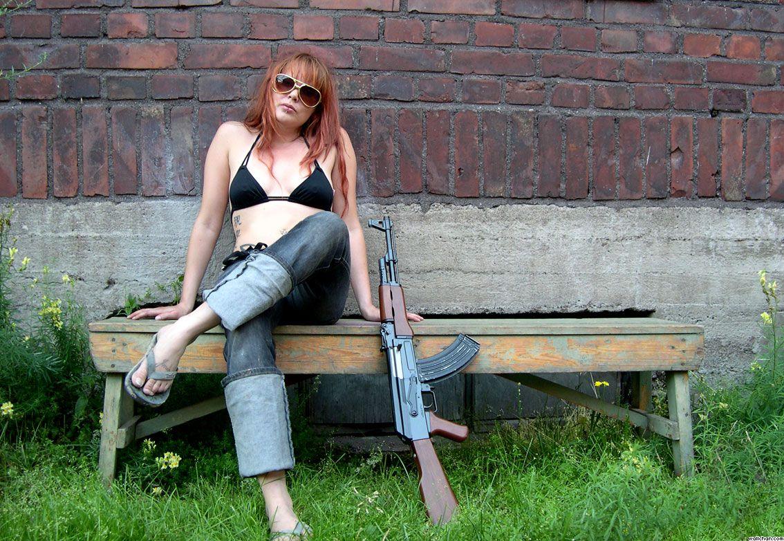 Girl With AK 47 Gun Wallpaper